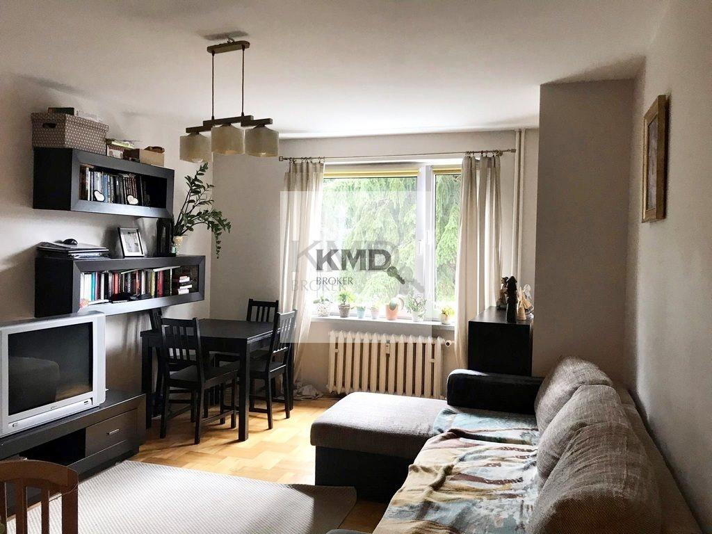 Mieszkanie dwupokojowe na sprzedaż Łęczna  60m2 Foto 1