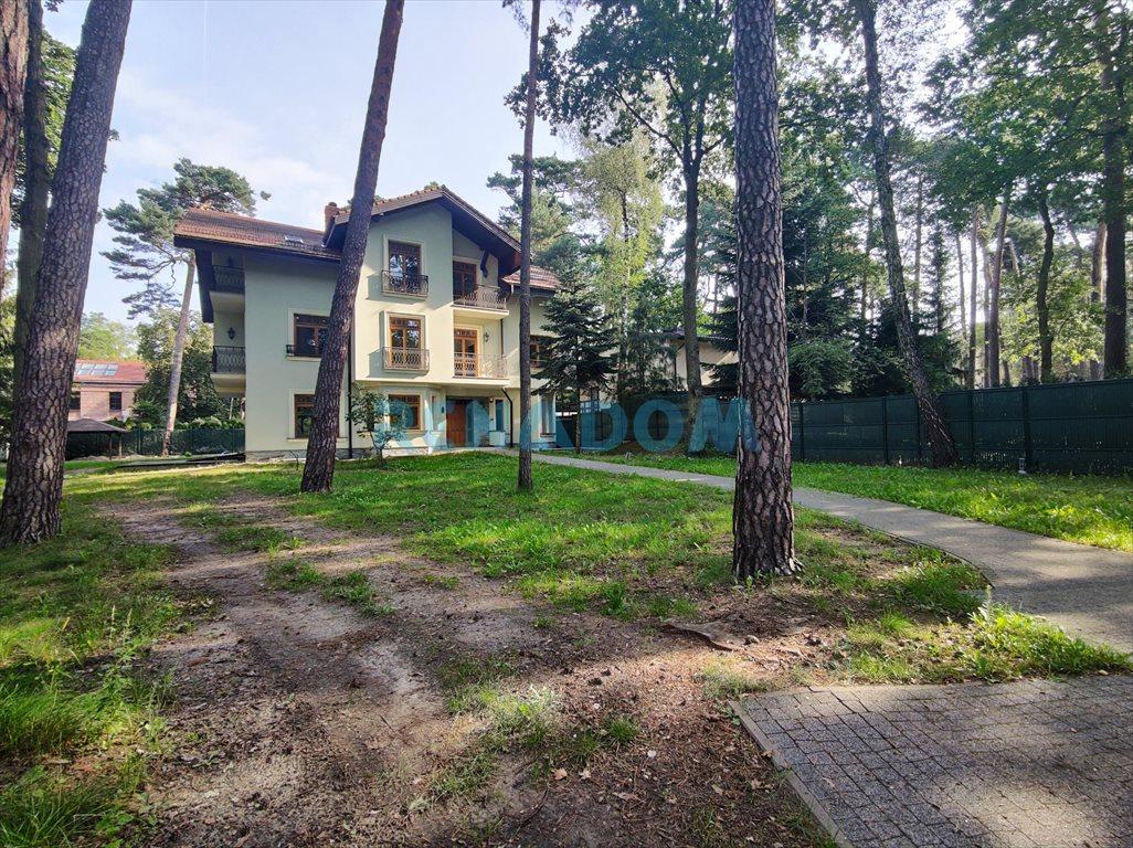Dom na wynajem Konstancin-Jeziorna  550m2 Foto 1