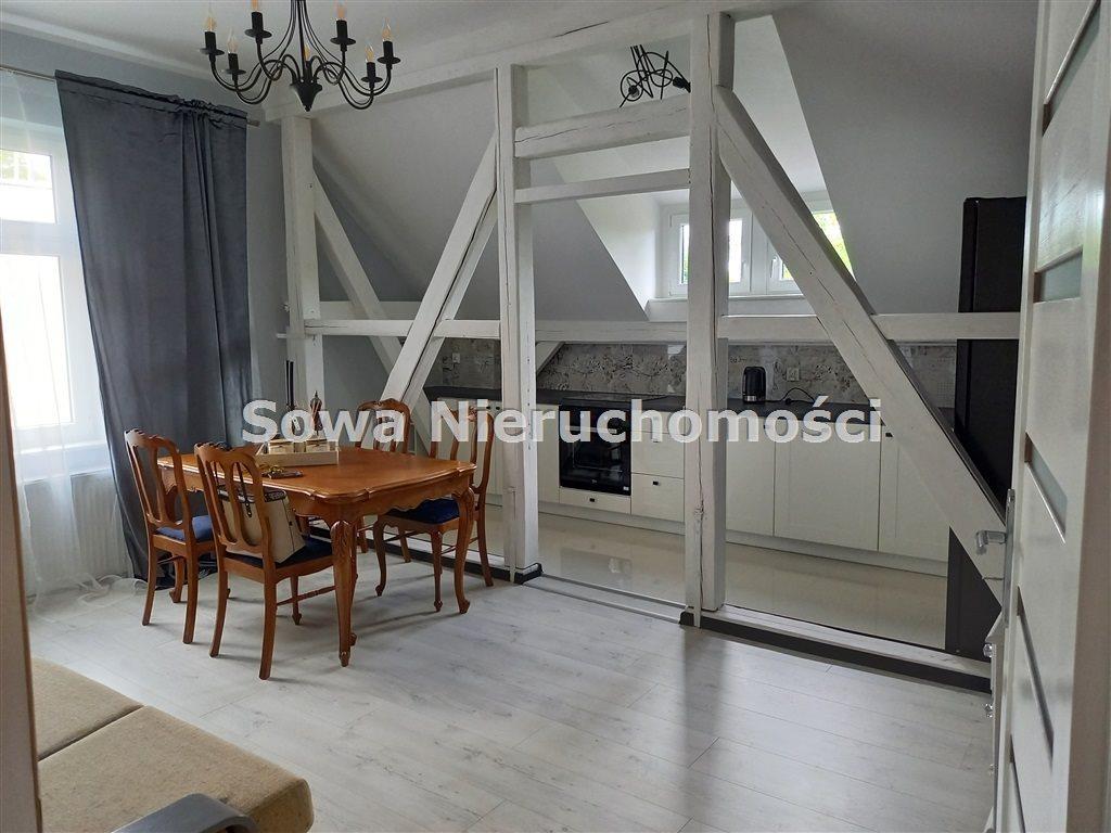 Mieszkanie czteropokojowe  na wynajem Szczawno Zdrój  82m2 Foto 1