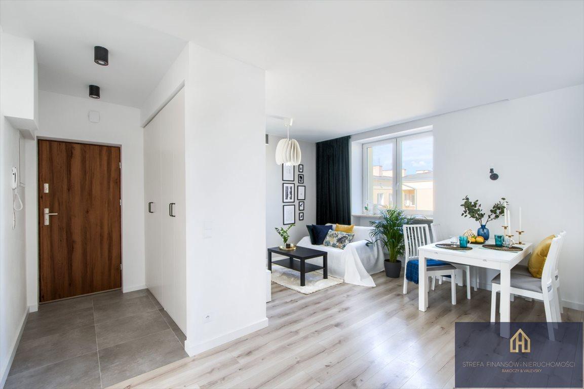 Mieszkanie trzypokojowe na sprzedaż Pruszków, Ignacego Kraszewskiego  66m2 Foto 1