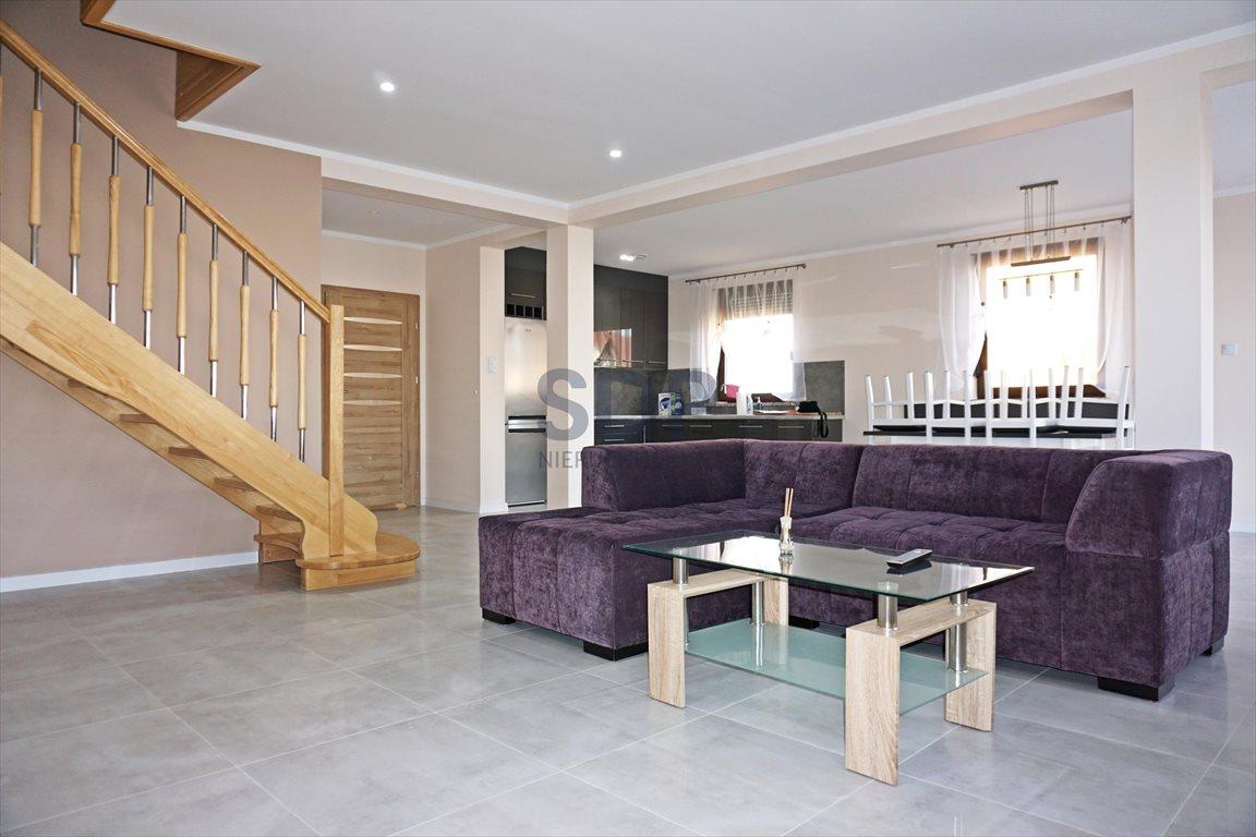 Dom na wynajem Miękinia  240m2 Foto 3