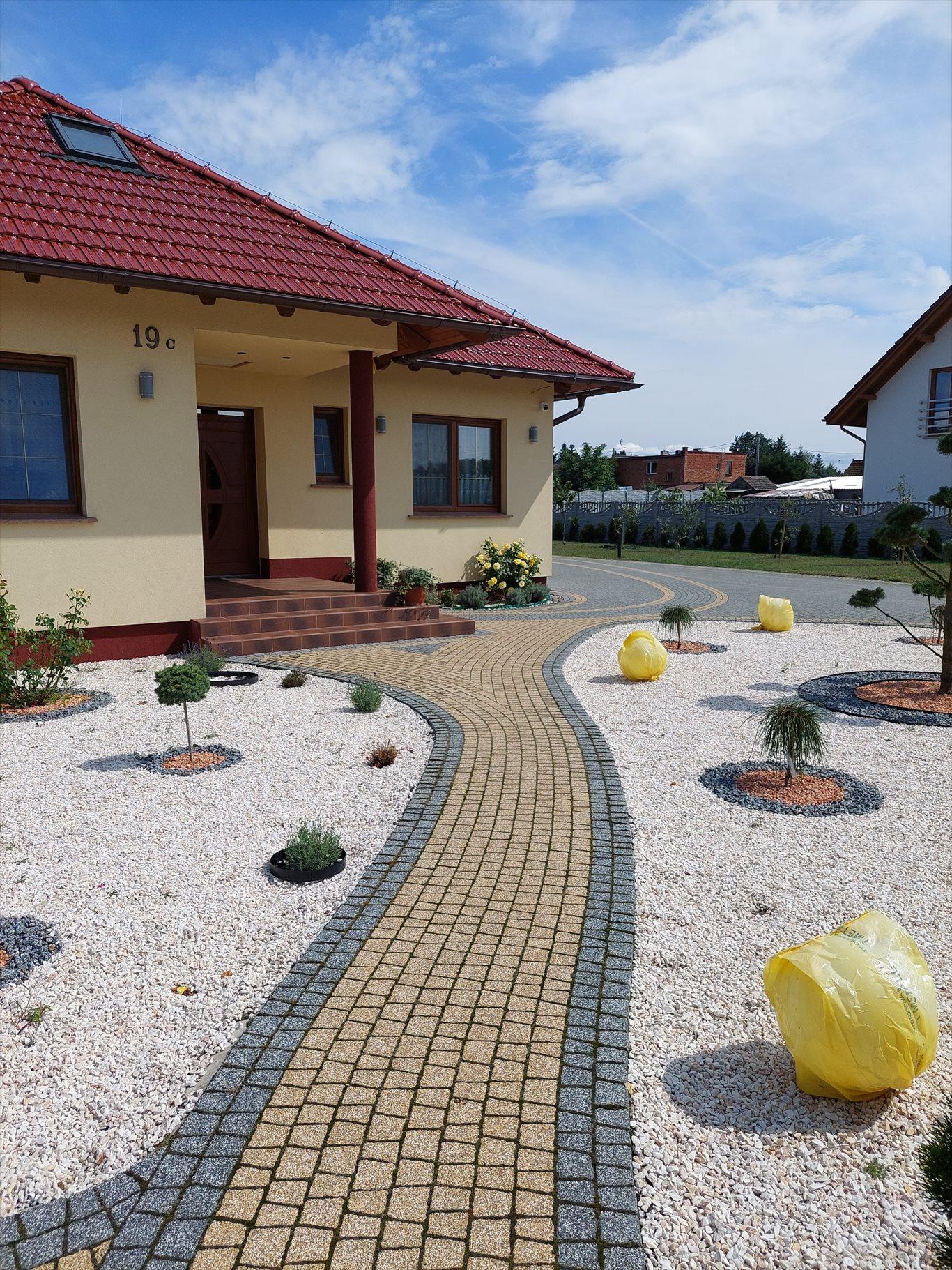 Dom na sprzedaż Milicz, Gogołowice 19c  100m2 Foto 1