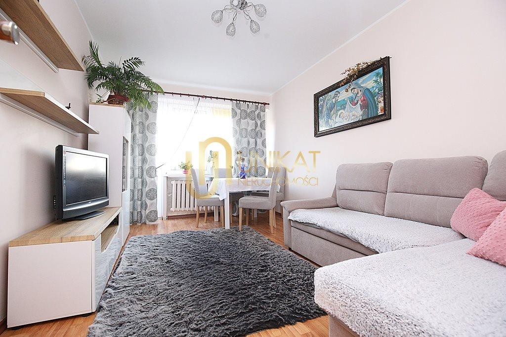Mieszkanie czteropokojowe  na sprzedaż Białystok, Antoniuk, Władysława Broniewskiego  63m2 Foto 1