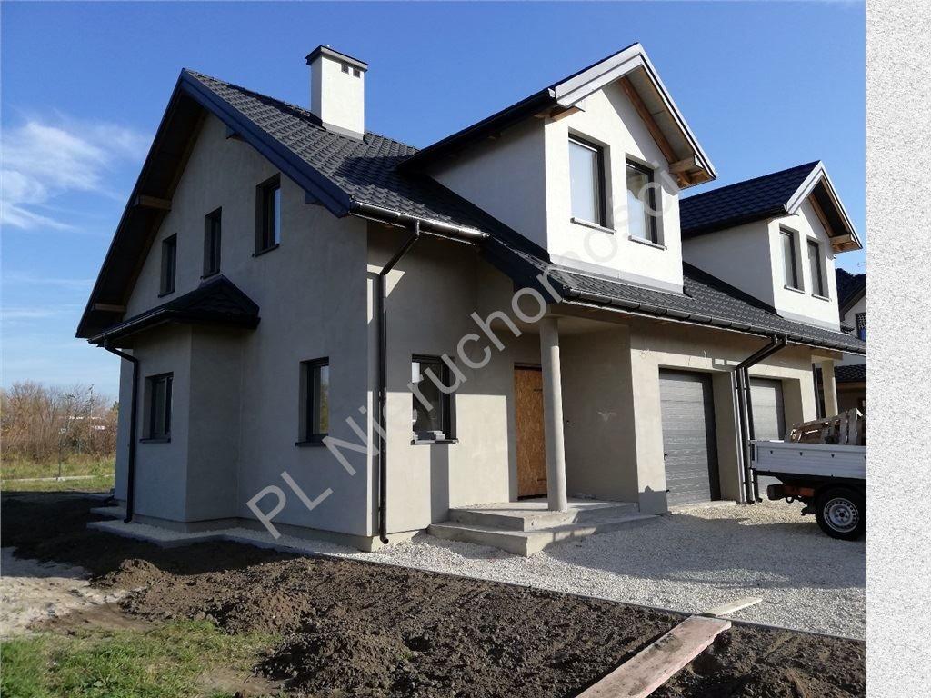 Dom na sprzedaż Błonie-Wieś  135m2 Foto 1