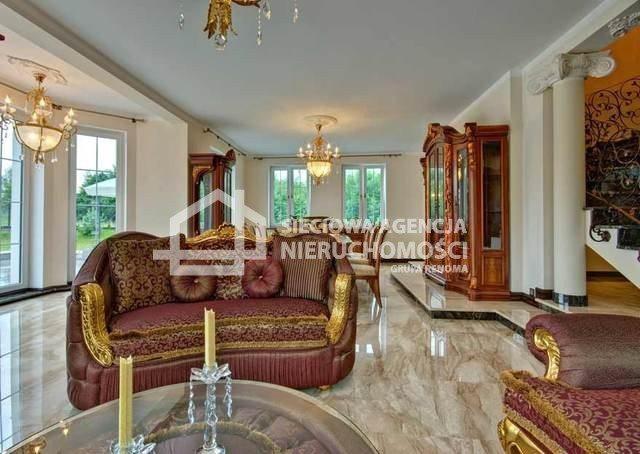 Dom na sprzedaż Charzykowy  300m2 Foto 1