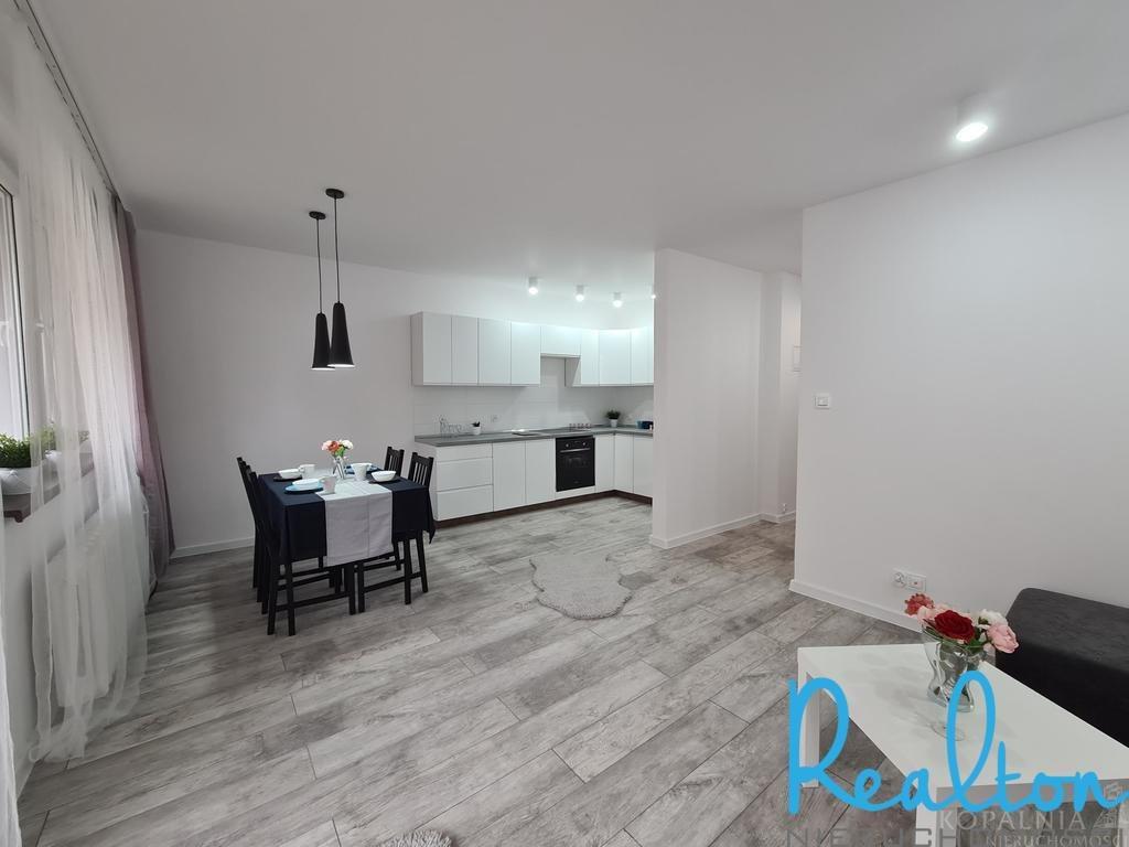Mieszkanie trzypokojowe na sprzedaż Katowice, Koszutka, Dobra  49m2 Foto 3