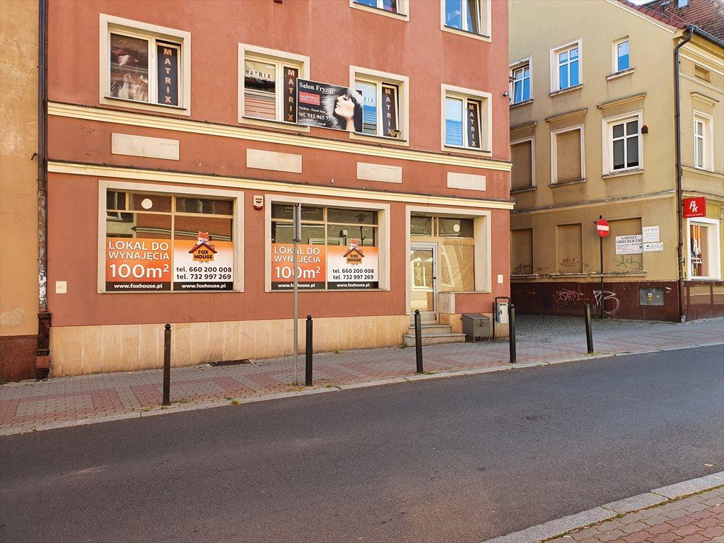 Lokal użytkowy na wynajem Bolesławiec, Sierpnia 80 14  100m2 Foto 2