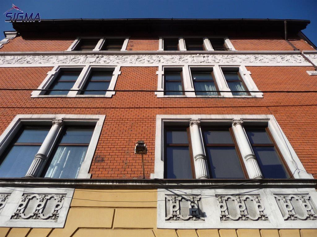 Lokal użytkowy na sprzedaż Bytom, Centrum  153m2 Foto 1