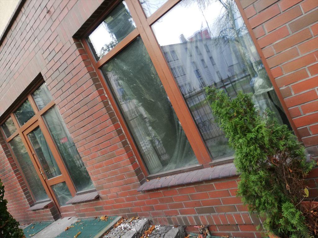 Lokal użytkowy na wynajem Sosnowiec, Śródmieście  100m2 Foto 1