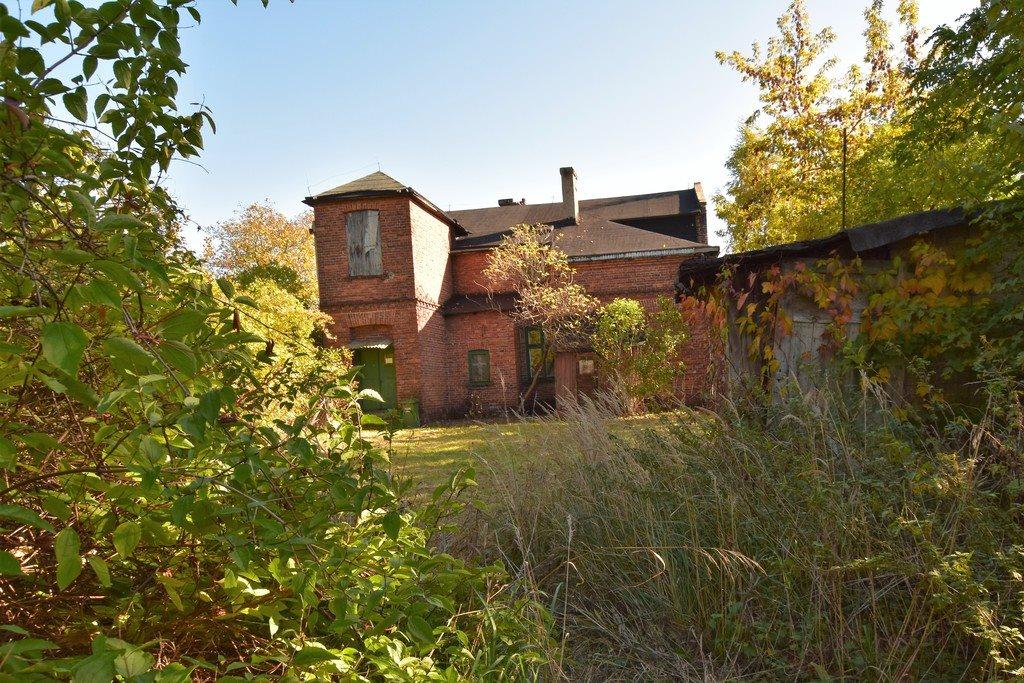 Dom na sprzedaż Dłutów  166m2 Foto 1