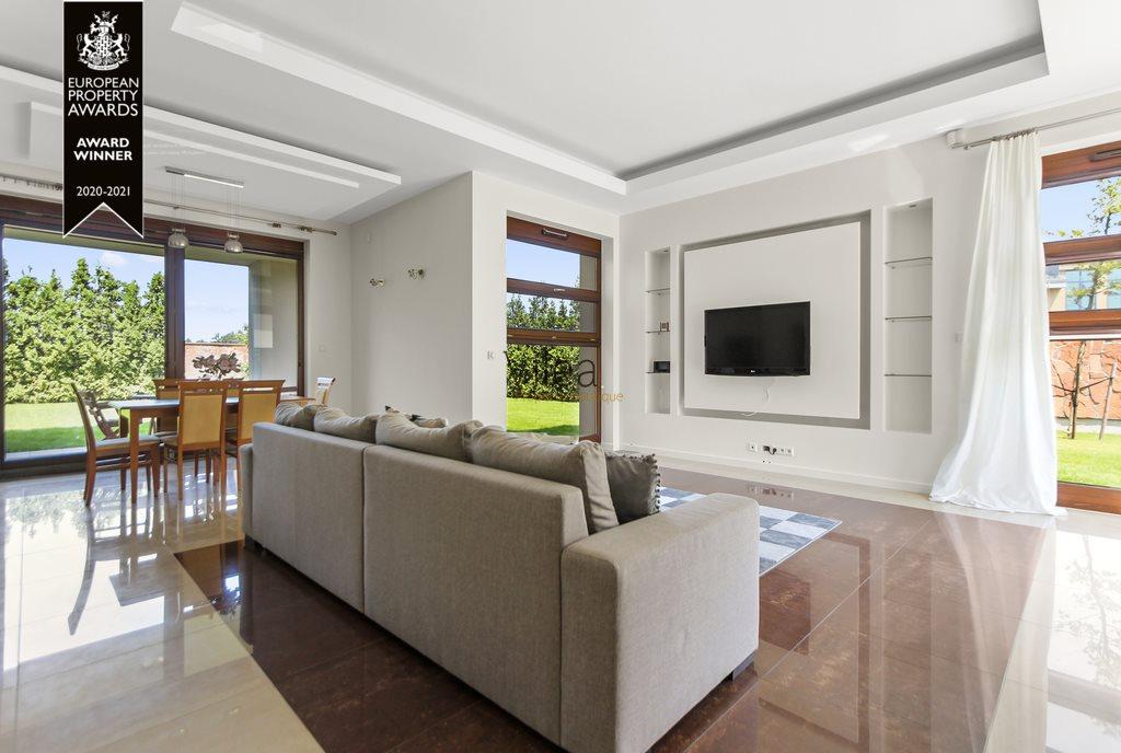 Dom na sprzedaż Bielawa  195m2 Foto 1