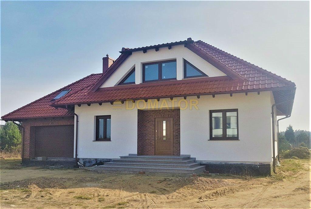 Dom na sprzedaż Niemcz  220m2 Foto 1