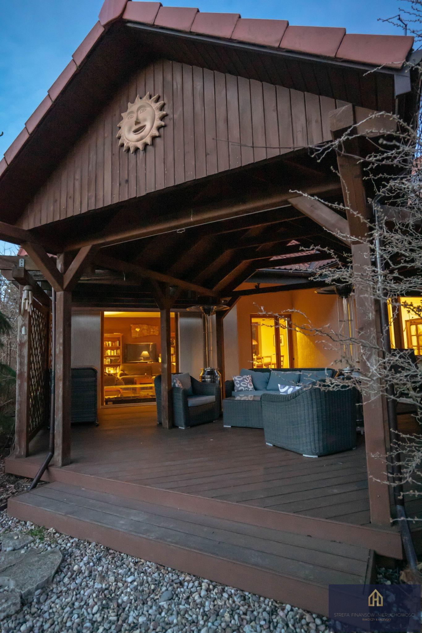 Luksusowy dom na sprzedaż Opypy  240m2 Foto 1