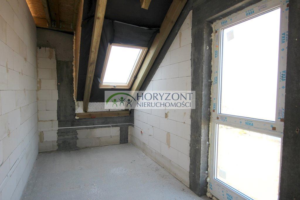 Mieszkanie czteropokojowe  na sprzedaż Żukowo  109m2 Foto 2