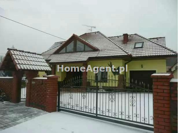Dom na sprzedaż Lusina  160m2 Foto 1