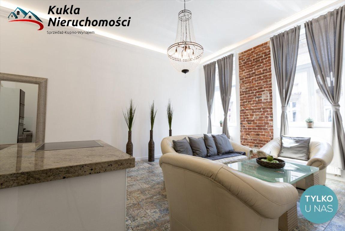 Mieszkanie dwupokojowe na wynajem Kraków, Stare Miasto, Marszałka Józefa Piłsudskiego  56m2 Foto 1