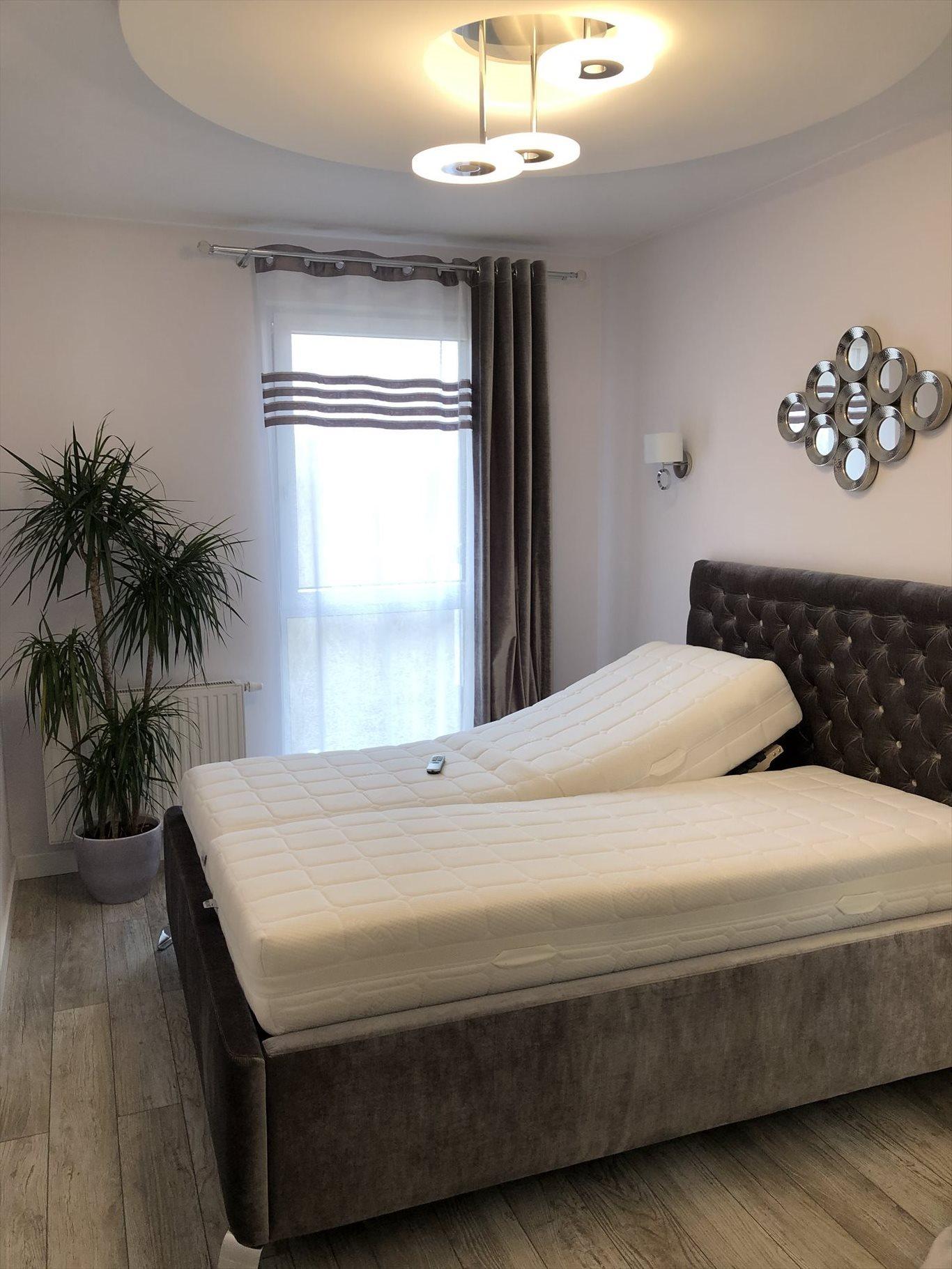 Mieszkanie czteropokojowe  na sprzedaż Bielsko-Biała, Kamienica, Garden Park, Starzynskiego  75m2 Foto 3