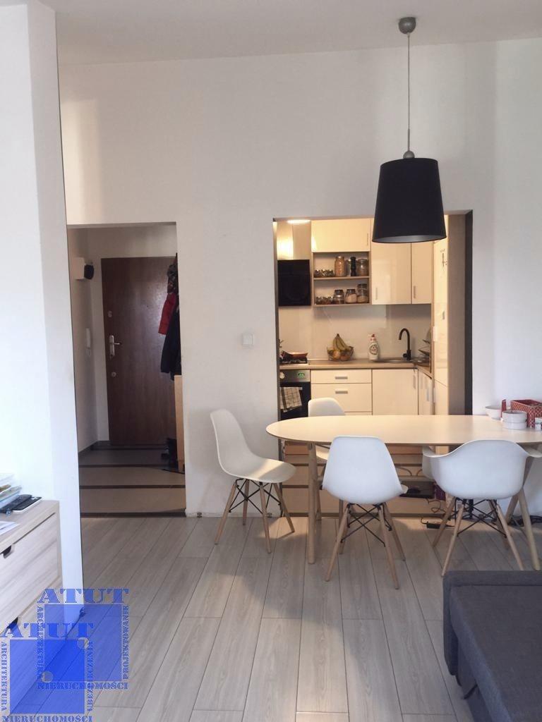 Mieszkanie dwupokojowe na wynajem Gliwice, Ligota Zabrska, Górna  38m2 Foto 3