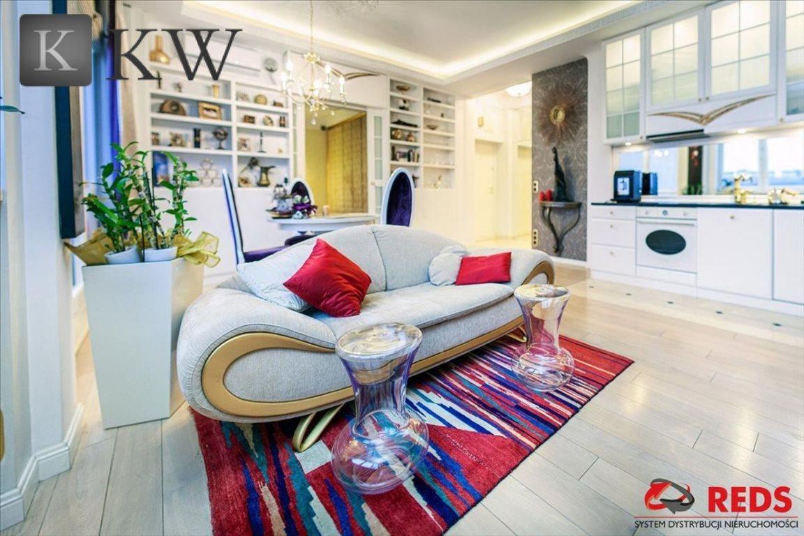 Mieszkanie dwupokojowe na sprzedaż Warszawa, Śródmieście, Juliana Bartoszewicza  62m2 Foto 2