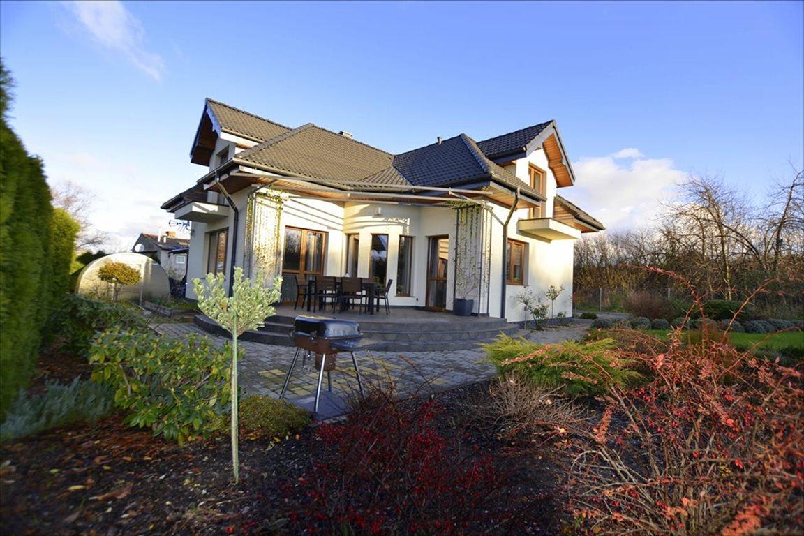 Dom na sprzedaż Tolkmicko, Tolkmicko  211m2 Foto 1
