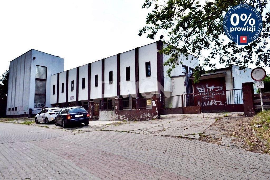 Lokal użytkowy na sprzedaż Bolesławiec, Staroszkolna  747m2 Foto 1