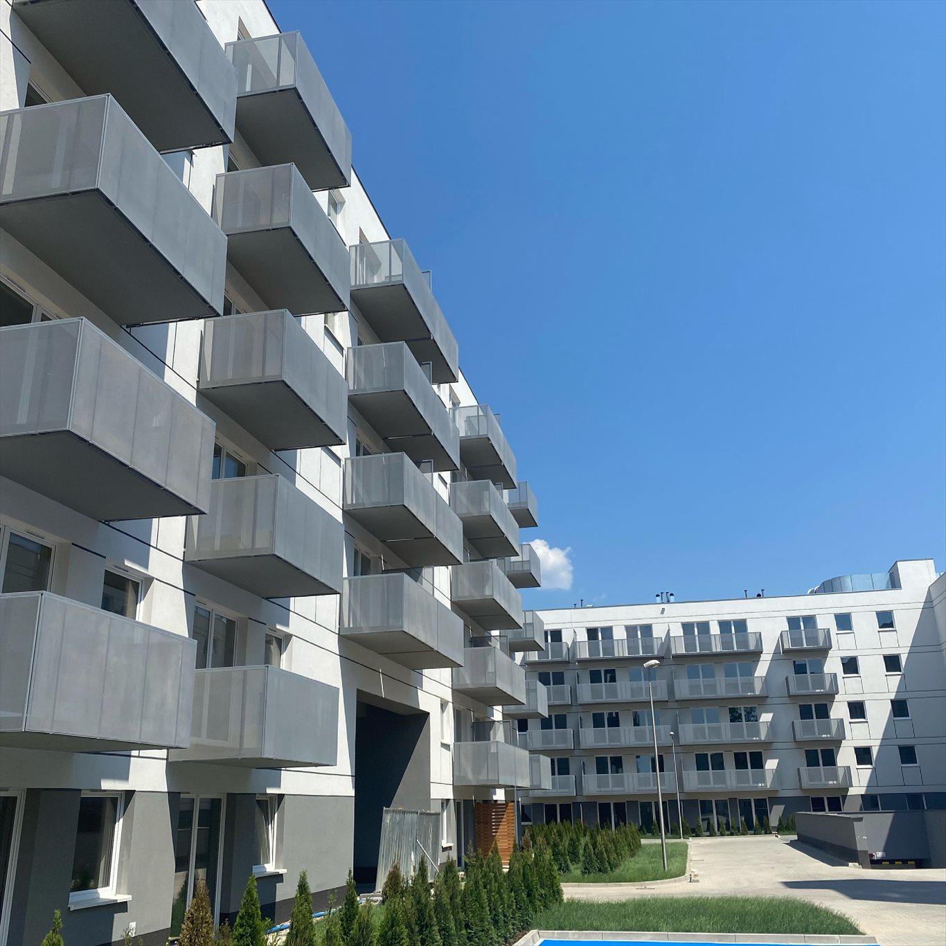 Mieszkanie czteropokojowe  na sprzedaż Poznań, Nowe Miasto, Rataje  69m2 Foto 1