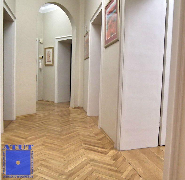 Mieszkanie trzypokojowe na wynajem Gliwice, Śródmieście Plac Piłsudskiego  110m2 Foto 4
