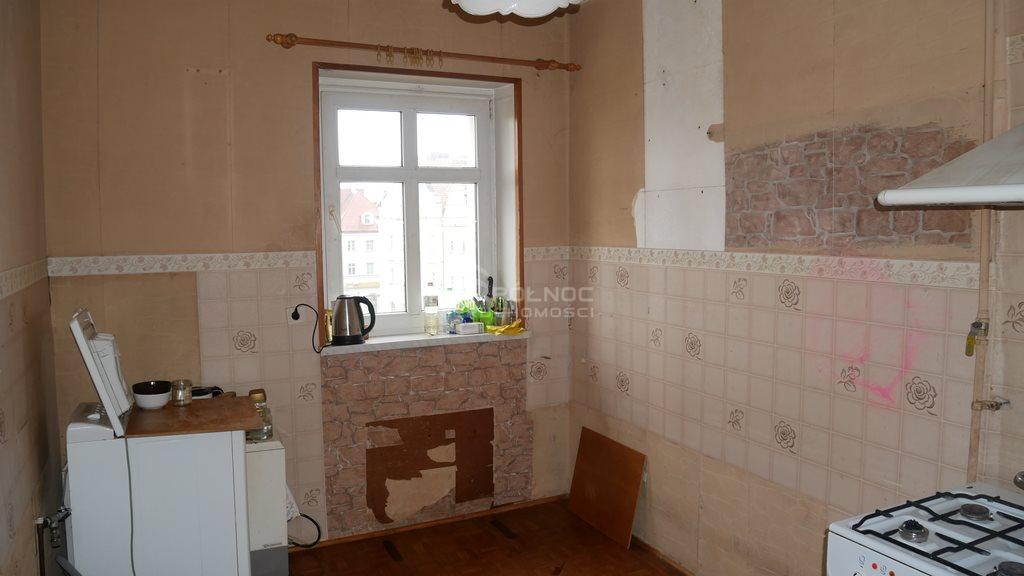Mieszkanie dwupokojowe na sprzedaż Bolesławiec, rynek Rynek  43m2 Foto 6