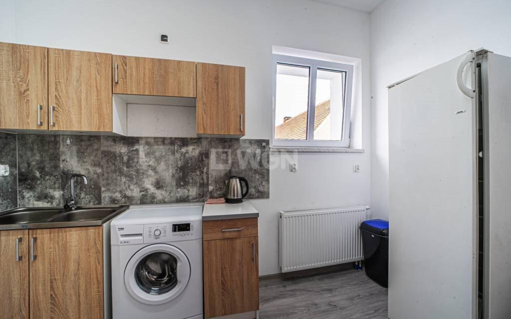 Mieszkanie dwupokojowe na wynajem Nowe Jaroszowice, Centrum  50m2 Foto 2