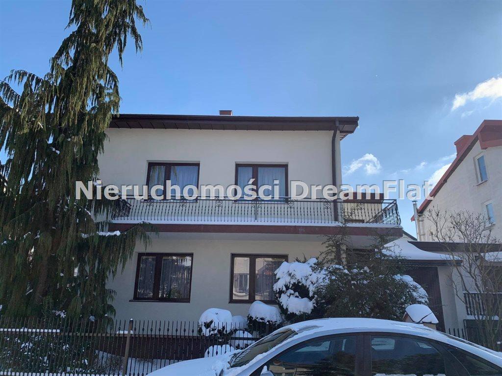 Dom na sprzedaż Ostrowiec Świętokrzyski  170m2 Foto 1