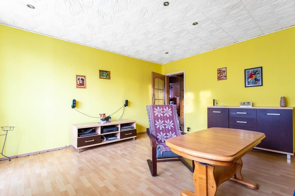 Mieszkanie czteropokojowe  na sprzedaż Objezierze  80m2 Foto 1