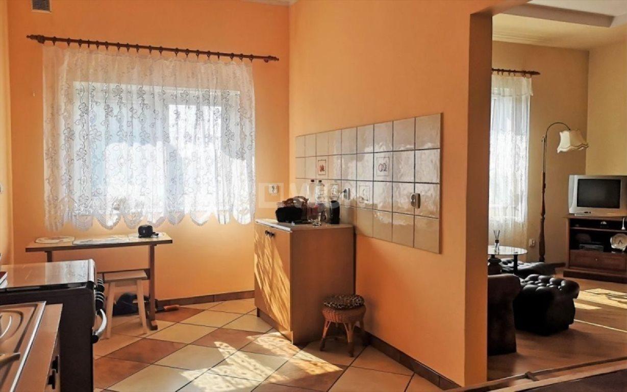 Mieszkanie dwupokojowe na sprzedaż Bieniów  56m2 Foto 1