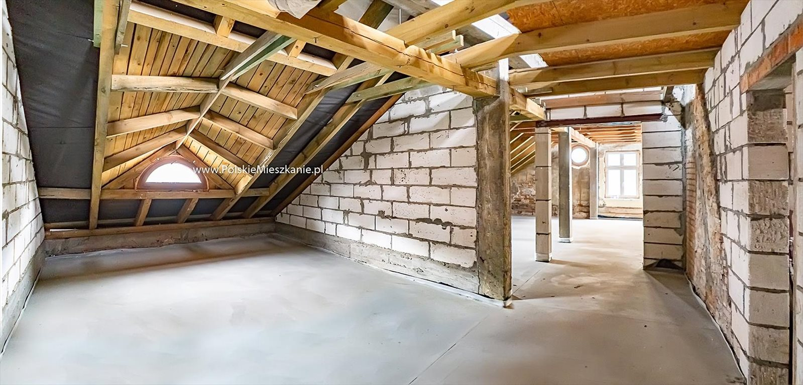 Mieszkanie dwupokojowe na sprzedaż Przemyśl, 3 Maja  83m2 Foto 1
