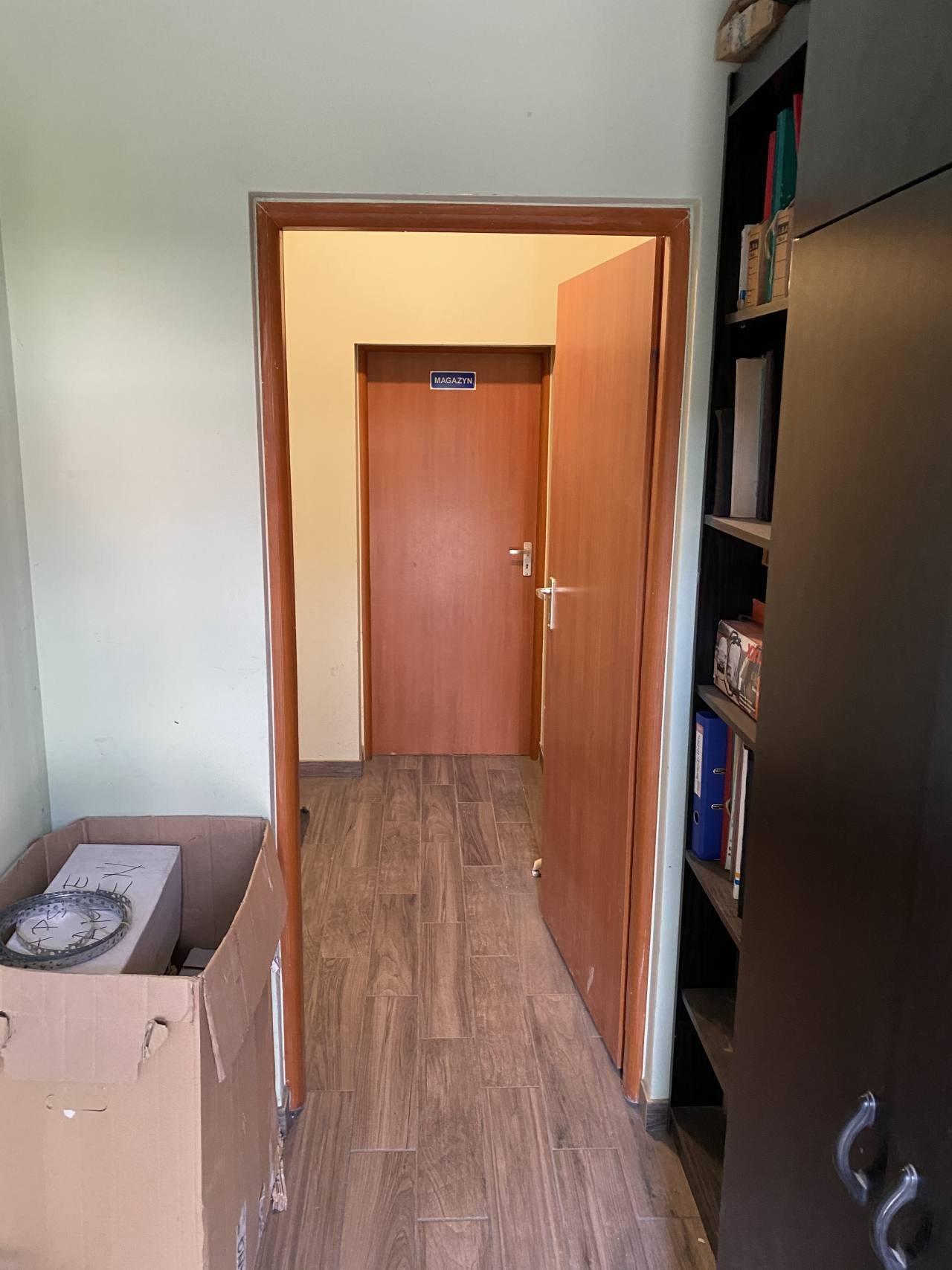 Mieszkanie czteropokojowe  na sprzedaż Cesarzowice  120m2 Foto 8
