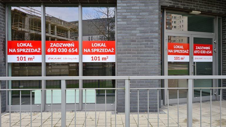 Nowy lokal użytkowy Dom w Dolinie Trzech Stawów - Lokal Usługowy Katowice, Sikorskiego 45  101m2 Foto 2