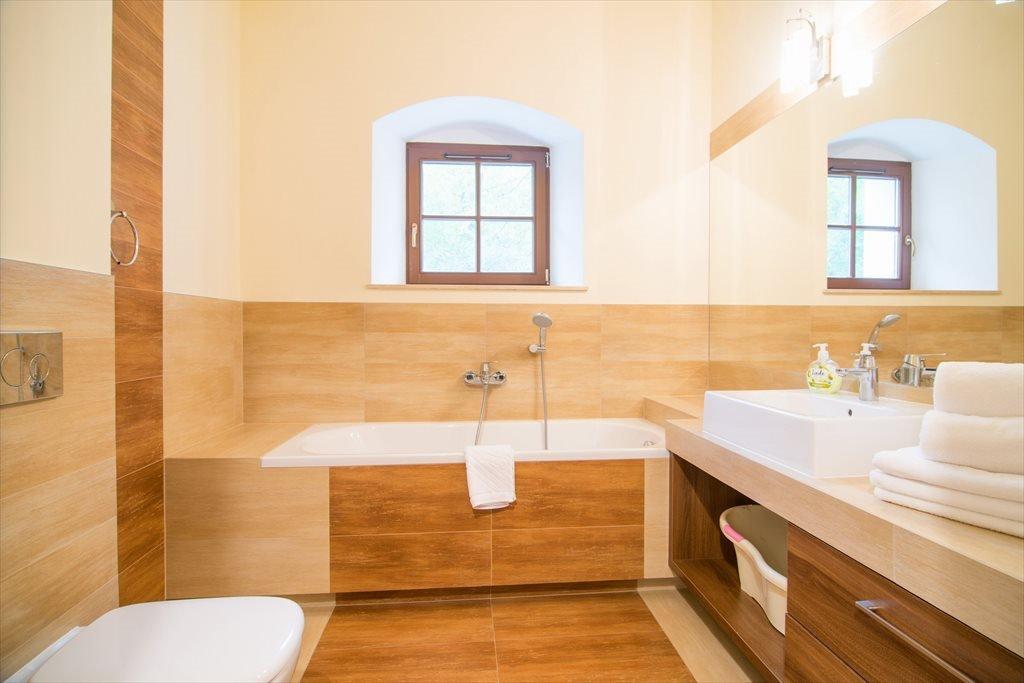 Mieszkanie dwupokojowe na sprzedaż Spichlerz Bliźniaczy Kazimierz Dolny, Puławska 68  50m2 Foto 1