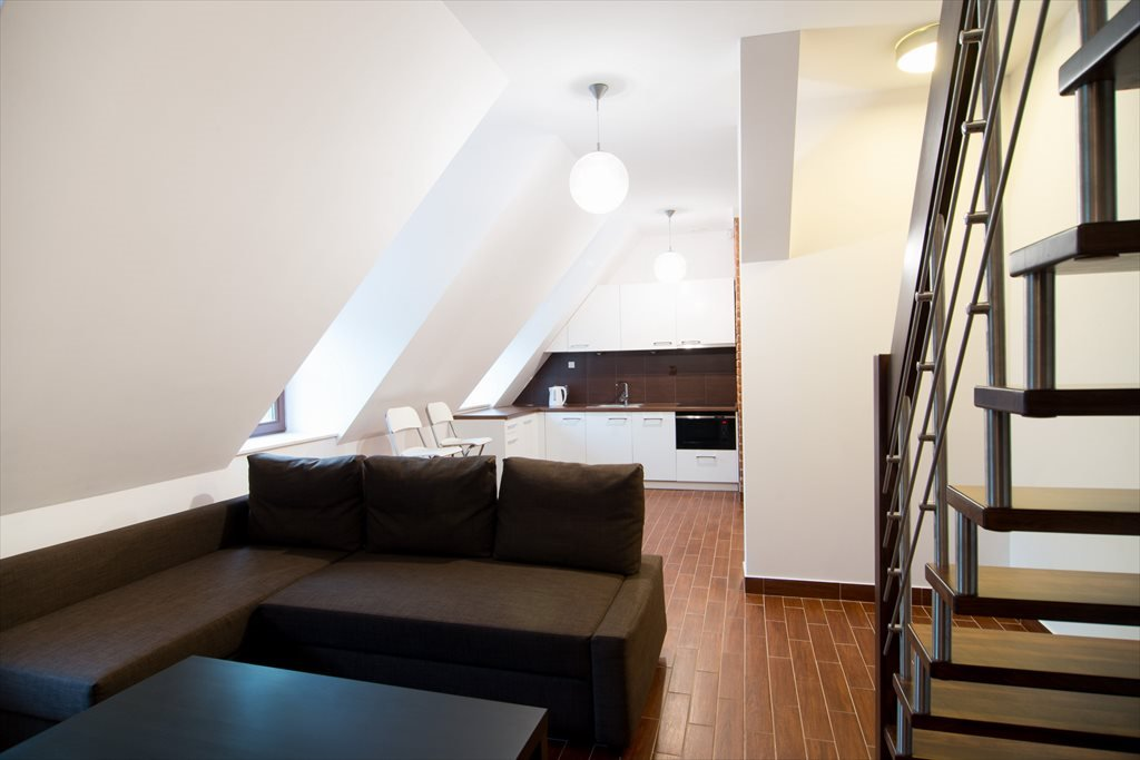 Mieszkanie trzypokojowe na sprzedaż Spichlerz Bliźniaczy Kazimierz Dolny, Puławska 68  42m2 Foto 1