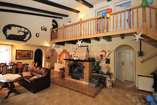 Dom na sprzedaż Lubicz Ranczo ze stawem i laskiem